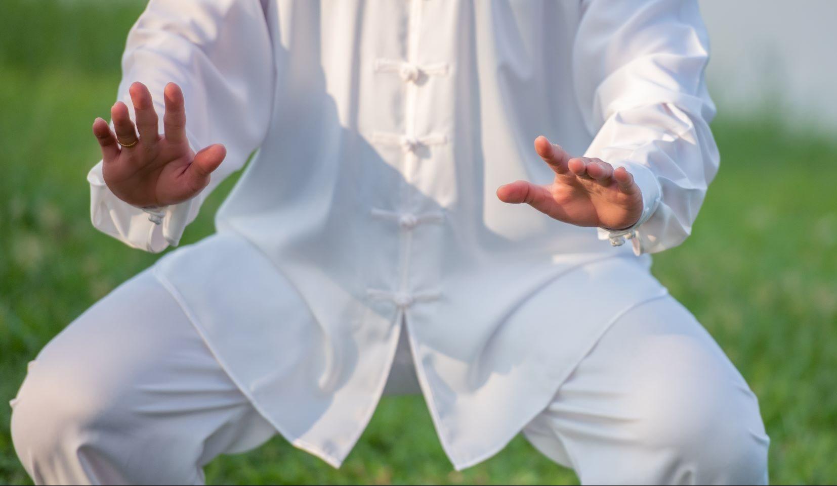 """רצפת האגן ואומנות הנשימה  (KiKO) בשיטתו של ד""""ר קאנקו"""